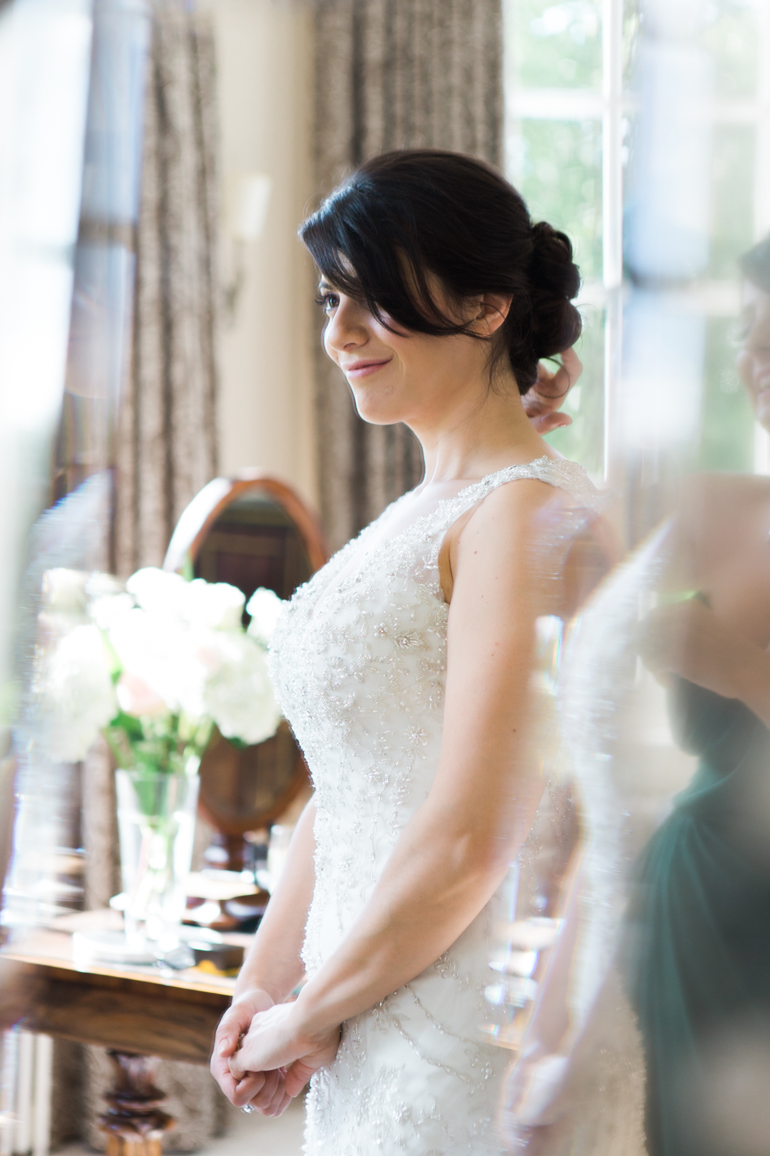 An elegant summer Iscoyd Park wedding. Bridal prep in the bridal suite.