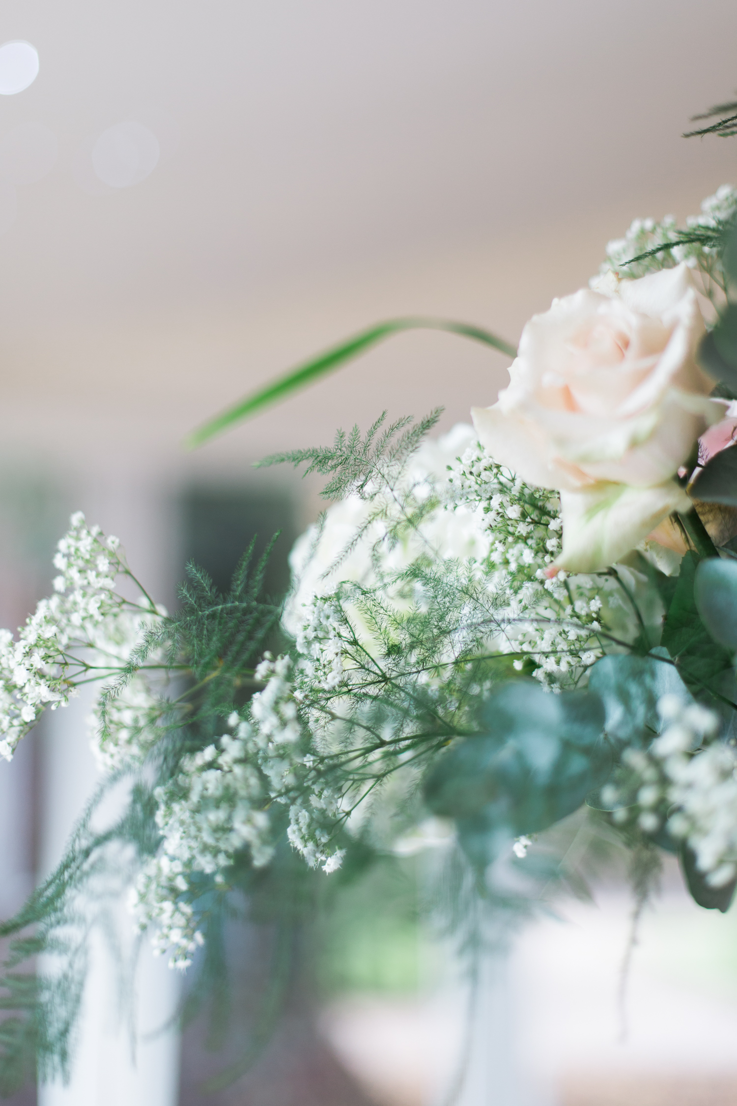 Flowers at Iscoyd Park wedding by Cheshire Wedding Photographer photo